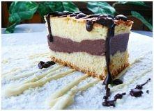 Delikatne waniliowe ciasto z czekoladowym budyniem ;)  Składniki: Ciasto: - m...