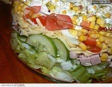 Sałatka warstwowa z sałatą ...