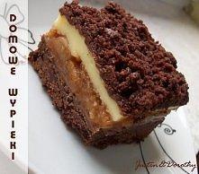 Składniki na ciasto:      * 4 szklanki mąki     * 4 czubate łyżki kakao     *...