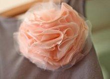 DIY - kwiatek z koszulki z recyklingu <3