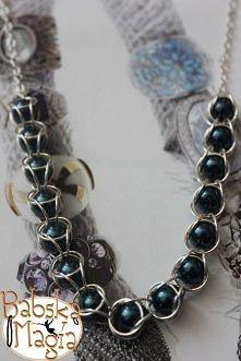 Uwięzione perły- naszyjnik Cena: 25zł
