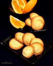 CIASTECZKA POMARAŃCZOWE Z KAWĄ  Składniki: - 200 g mąki pszennej, - 150 g mię...