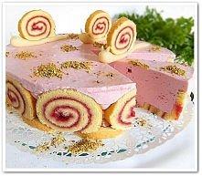Tort malinowy ślimaczek  (przepis po kliknięciu w zdjęcie).