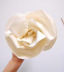 kwiat z materiału