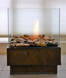 Lampa z kamykami