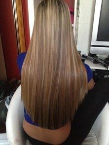 Domowy sposób na proste włosy: Dwie saszetki herbatki z szałwii zalać szklanka gorącej wody i pozostawić na 10 min. Odcedzić i poczekać aż ostygnie. Nanieść na włosy nie spłukiw...