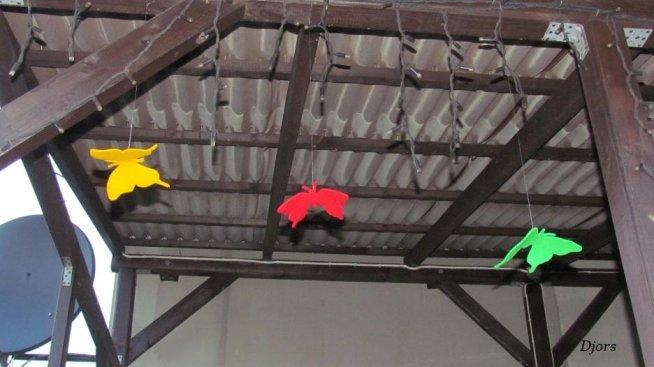 motyle- jak samemu zrobić ozdobę na werandę lub pokoju