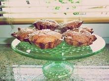 Dietetyczne muffiny :) 1 ma tylko 53kcal ! :) Przepis na 10 muffin  Składniki:      4 łyżki płatków owsianych     2 łyżki otrębów ( ja mam obecnie ze śliwkami)     1 łyżka kaszy...
