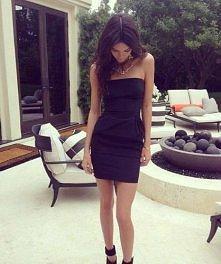 mala czarna