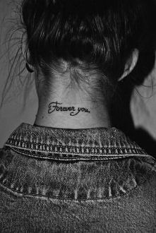 tatuaż na karku <33