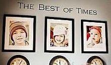 zegar pod zdjęciem zatrzymany jest na godzinie narodzin dziecka