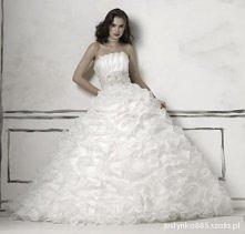 Suknia ślubna dla prawdziwe...