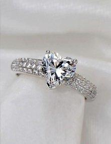 cudowny pierścionek !