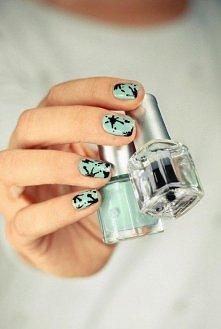 paznokcie w plamki ;)