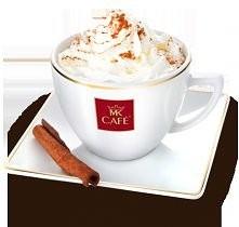 Mocha  Składniki: - 30 ml espresso lub mocnej kawy (np. mokka) - 4 łyżeczki cukru  - 2 łyżeczki kakao  - 2/3 szklanki mleka  - 1 łyżeczka cukru waniliowego  - bita śmietana i cy...