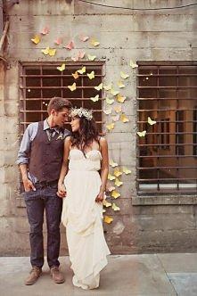 śliczne motylki w tle