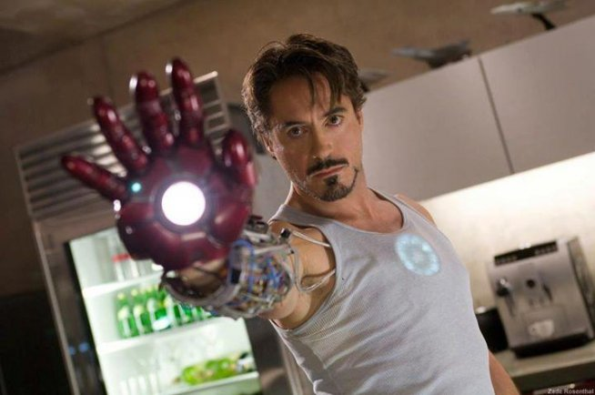 Robert Downey, Jr. / Iron Man