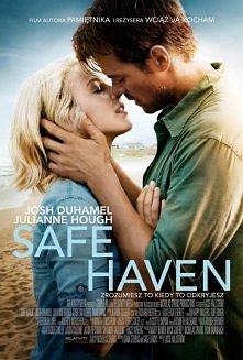 Bezpieczna przystań   Do małego miasteczka w Północnej Karolinie przyjeżdża tajemnicza kobieta o imieniu Katie. Jest młoda i atrakcyjna, ale wiedzie życie pustelniczki. Wycofana...