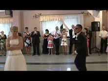 Zaskakujący pierwszy taniec...