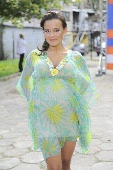 Anna Mucha w zwiewnej sukience