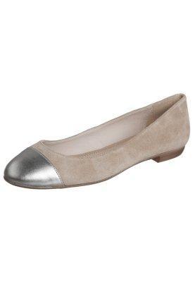 Pier One Najwyższej jakości skóra w ZALANDO odzież, obuwie