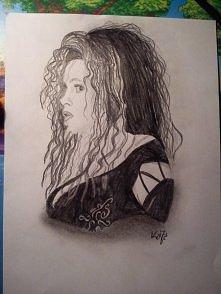 Bellatrix Lestrange mojego wykonania :) tylko ołówki. czas około godziny :)  Na normalnym rysunku widać więcej cieni (zdjęcie robiłam telefonem)