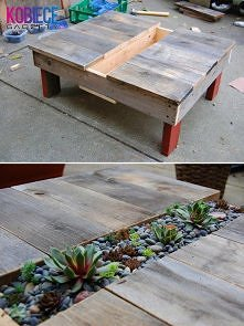 CIEKAWY stół na tarasie