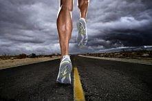 7 powodów by zacząć biegać :    1. Odchudza 2. Modeluje sylwetkę 3. Daje ener...