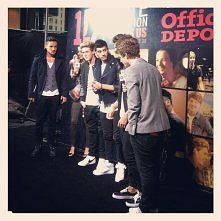 'One Direction This Is Us' NYC Premiere    26.08.2013