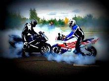 <; ;> Motocykl jedna pasja motocykl wielka rzecz, motocykle to rodzina i nas łączy wielka więź