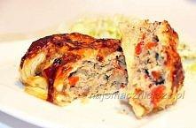 mięso mielone w cieście francuskim Składniki: - 1 gotowe ciasto francuskie - około 400 g mięsa mielonego - 1 cebula (drobno posiekaną) - kilka pieczarek (oczyszczone i pokrojone...