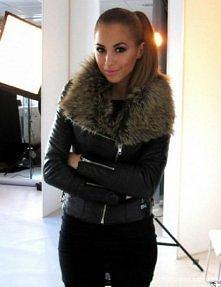 moje zimowe marzenie, poszukuje kurtki z takim kołnierzem. PROSZĘ dajcie znać, jeśli taką widziałyście :)