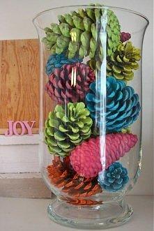 kolorowa dekoracja z szysze...