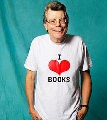 Tego pana znają chyba wszyscy, nawet jeżeli nie czytaliście nigdy jego książe...