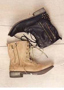 Uwielbiam takie buty <3