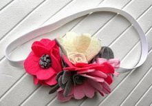 Opaska z filcowymi kwiatkami