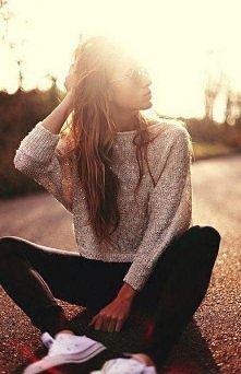 złoty sweter