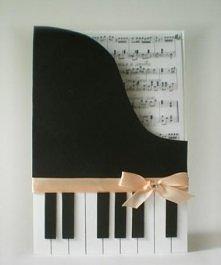 Kartka z motywem fortepianu ;>