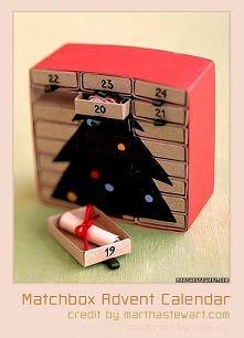 Potrzebne:  24x pudełeczka po zapałkach  Kolorowy papier  Nożyczki  Klej  Jak...