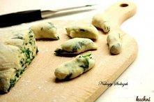 Kopytka z nutą zieleni:) Dodajemy do ciasta pietruszkę:)