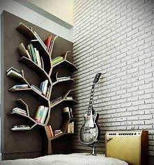 Drzewo z półek ;)