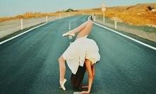 Taniec jest bogiem, hip - hop nałogiem, balet podstawą, zumba zabawą. ♥ Kto s...