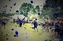 Walka na balony z wodą! :3 Często myślę jakby to było zorganizować taką wielka wojnę na balony z wodą i w niej uczestniczyć <3