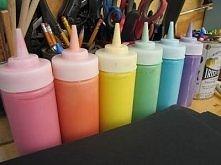 Farbki dla dzieci : 16 łyżek stołowych soli , 16 łyżek stołowych maki , wodę sami dodajemy według jak gęstą chcemy mieć farbę oraz dodajemy barwniki spożywcze. idealne do malowa...