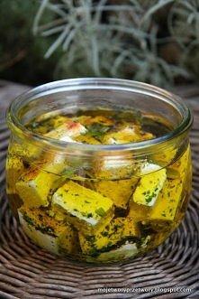 ser biały w ziołowej zalewie Składniki:      kostka twarogu - 250 g - ja wybr...