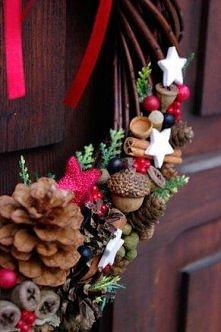 Uroczy wianek świąteczny. Zapraszam do obejrzenia innych moich prac.