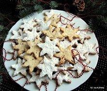 Ciasteczka śnieżynki z biał...