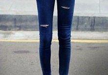 podziurawione spodnie