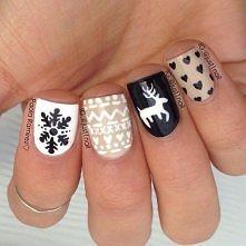 świąteczne paznokcie:)