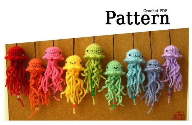 Amigurumi Dog Free Crochet Patterns | Singe en crochet, Modèles de ... | 426x654